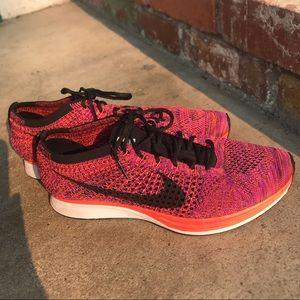 Nike Flyknit RacerHyperOrange/VividPurpleAcaiBerry